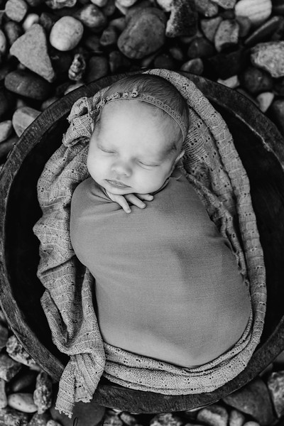 Autumn-Newborn-Low-Resolution370A0043-Edit-2.jpg