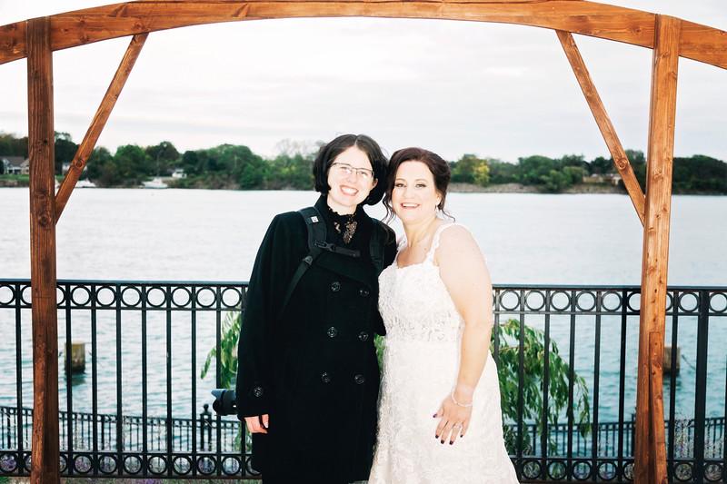 chateau-on-the-river-trenton-michigan-wedding-0323.jpg