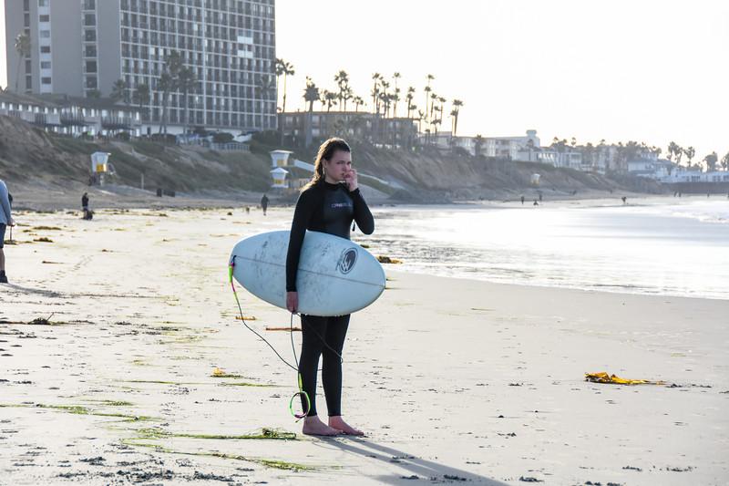 20200102 Surfing Last Day 039.jpg