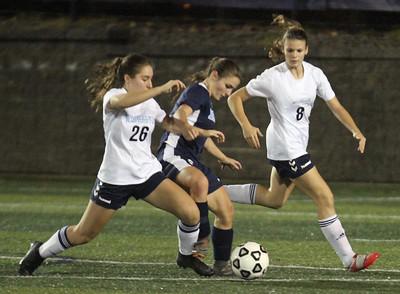 Wilmington Dracut soccer 110218