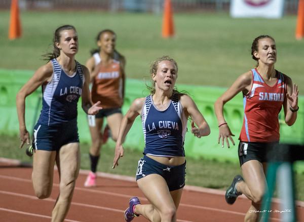 Girls 200 meter Dash