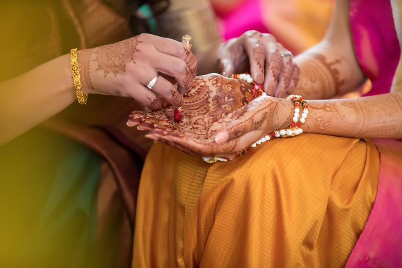Hina_Pithi_Pooja-135.jpg