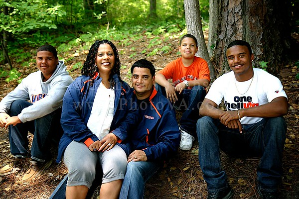 Asia, Jose and Family - Newport News Portrait Photography