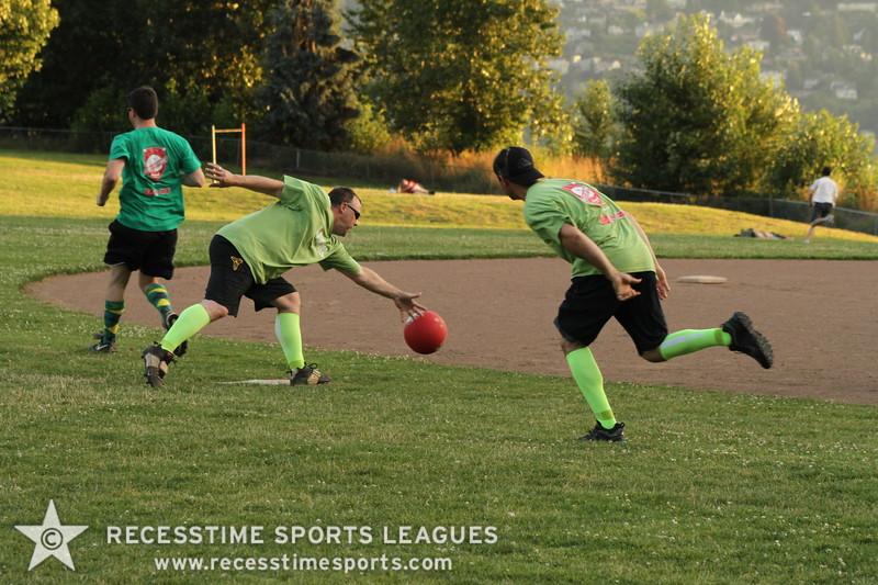 Recesstime_Portland_Kickball_20120716_3636.JPG