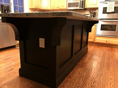 Kitchen Countertop with Wood Corbel 22T3