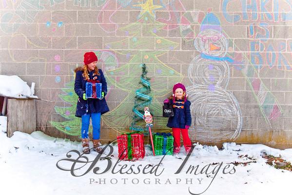Brooke and Makayla Are Merrily Christmasing!!