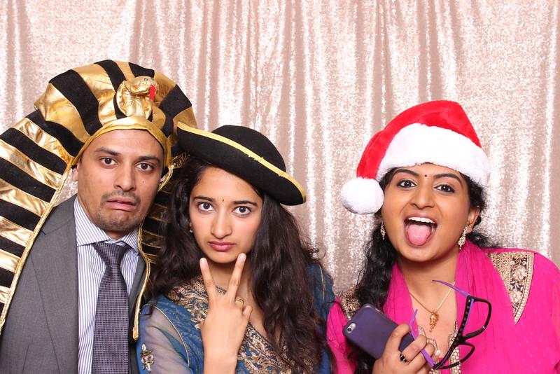 Boothie-PhotoboothRental-PriyaAbe-O-184.jpg