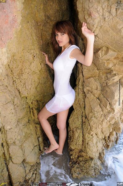beautiful woman swimsuit model bikini malibu 199.34.jpg