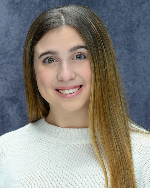 11-03-19 Paige's Headshots-3801.jpg