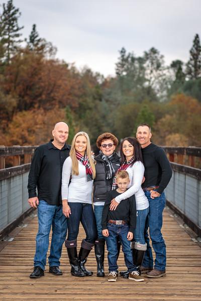 11-25 Mel's Family-81.jpg