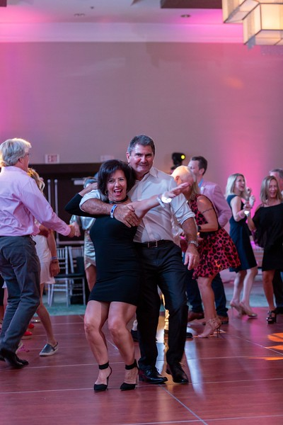 2019_11_Yachtail_Party_01455.jpg