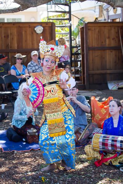Balinese troupe-2083.jpg