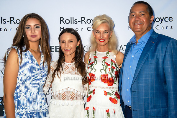 Peebles Summer Soiree benefitting  GIVEBACK  at their Bridgehampton residence on 8-30-18.  photos by D.Gonzalez for Rob Rich /SocietyAllure.com ©2018 robrich101@gmail.com 516-676-3939