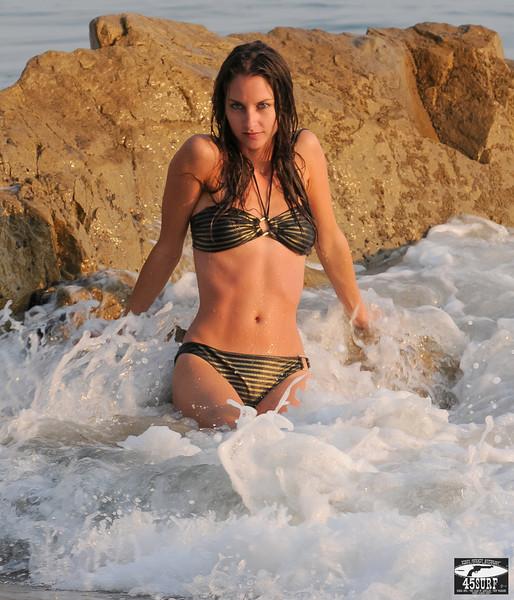 Italian Swimsuit Bikini Model Goddess! :) Nikon D300 Photos Beautiful Brunette with Pretty Blue Eyes!