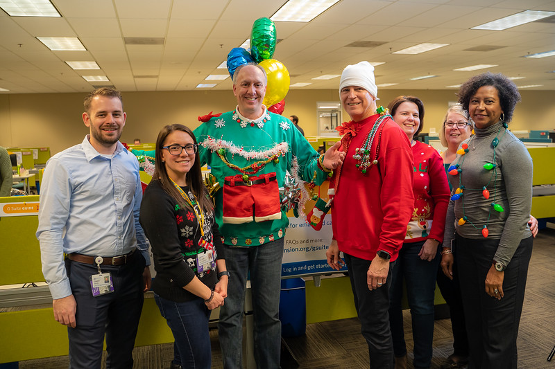 Resource Group Holiday Party 2019-00766.jpg