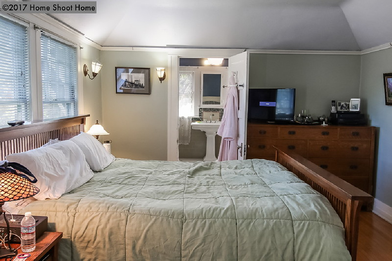 2516_25master-bedroom-alt.jpg
