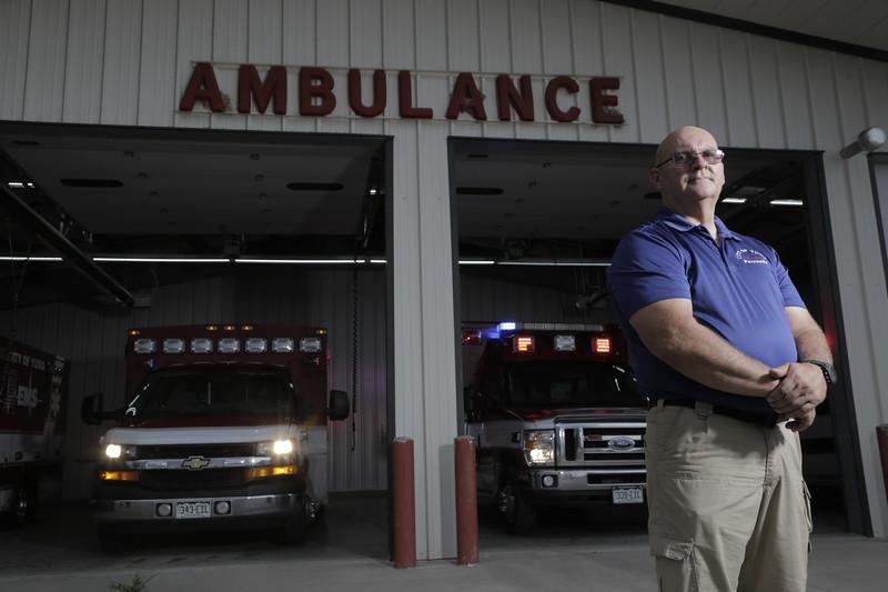 COJM0033-Yuma_Paramedic-7-6-17.jpg