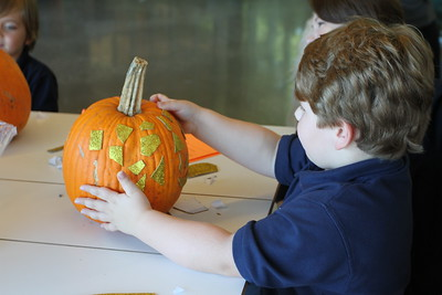 Kindergarten Pumpkin Decorating