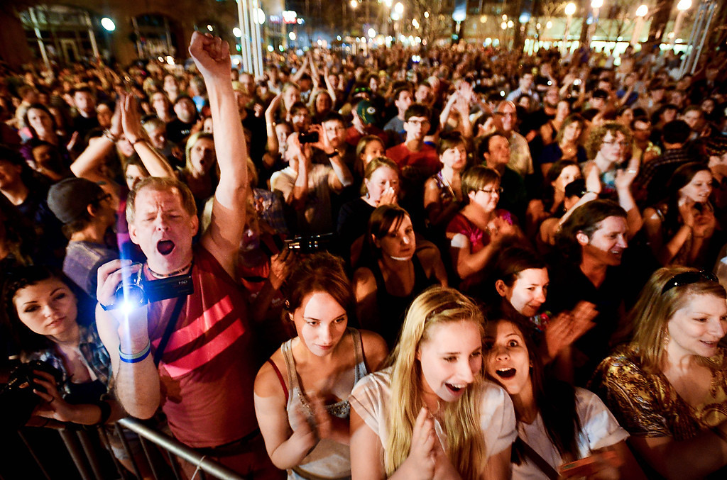 . St. Paul Police estimated the crowd at 3,500. (Pioneer Press: Ben Garvin)