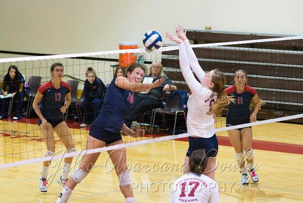 131101 SWOCC Volleyball vs Clackamas CC