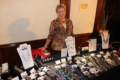 Vendor & Craft Fair, benefits A.C.S., Community Arts Center, Tamaqua (11-22-2014)