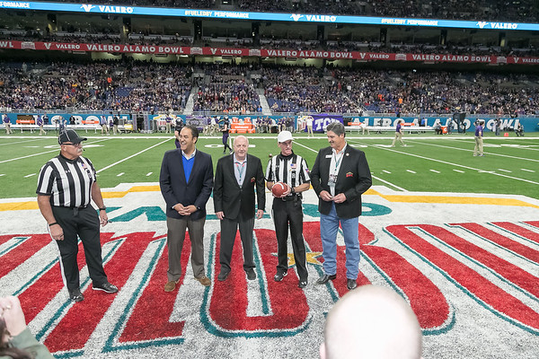 Alamo Bowl 2017 Pre-Game Flag - National Anthem - Coin toss