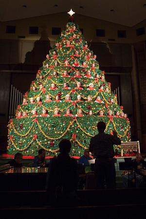 Living Christmas Tree Rehearsal 2016