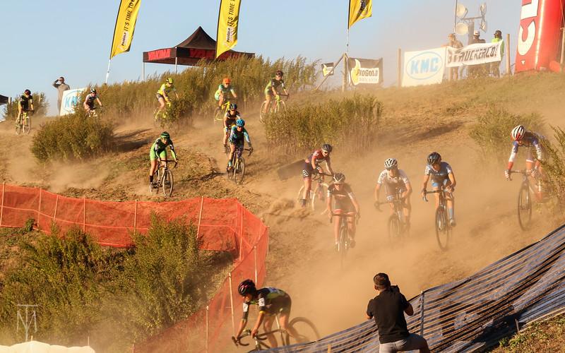 cyclocross_kmc_170929_0103-LR.jpg