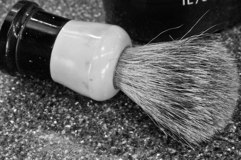 L1000907-Shaving Brush.jpg