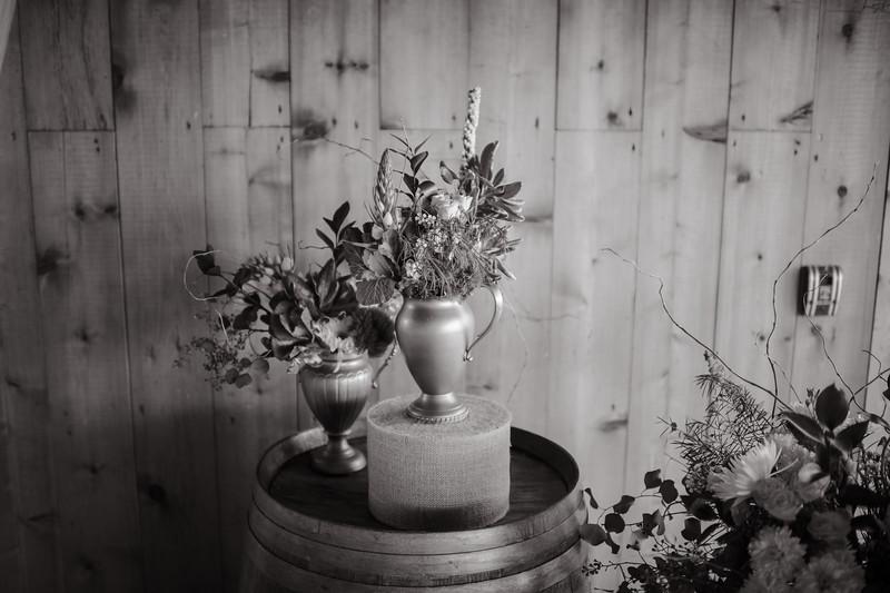 Seattle Wedding Photographer-696.jpg