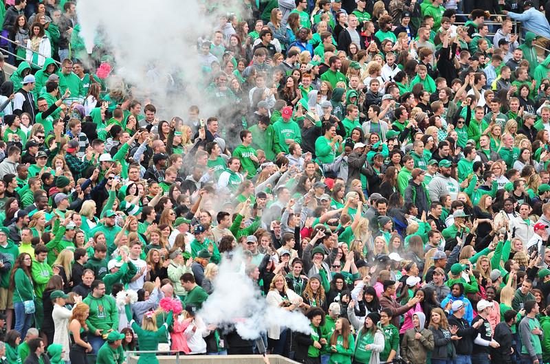 crowd8055.jpg