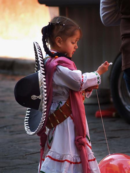 little seniorita with baloon lr.jpg