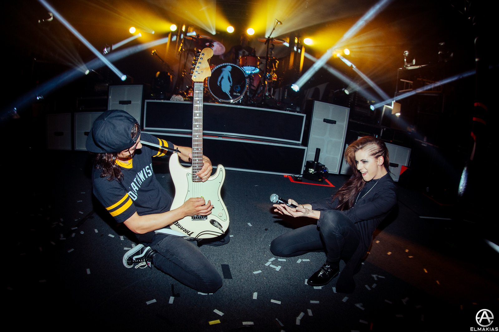 Vic and Lynn of PVRIS performing together
