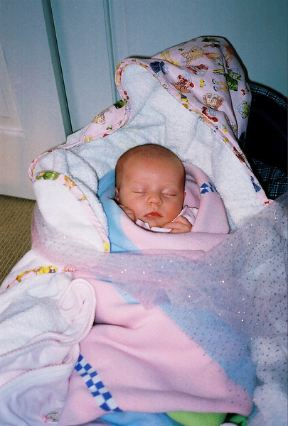 the baby Lola 10-29-02.jpg