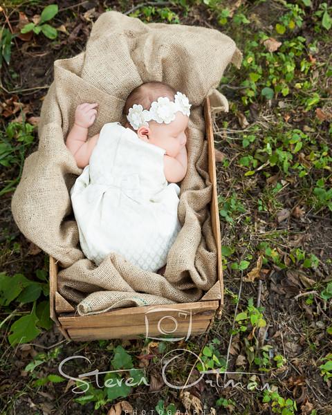 Destyn & Trent Newborn
