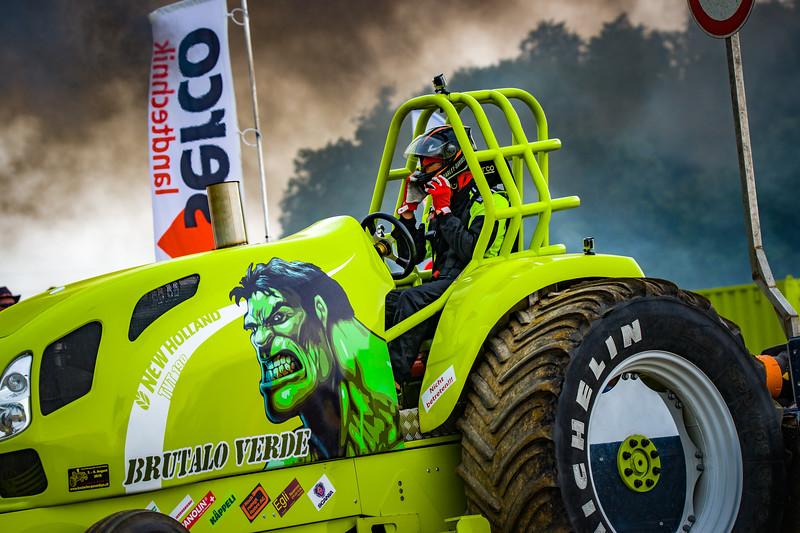 Tractor Pulling 2015-02521.jpg