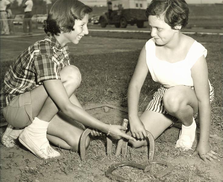 Horse Shoes 1960 Biertemple Park.jpg