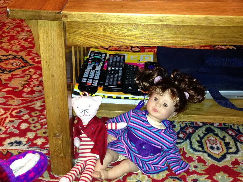 2013-02-11: dolls under the table.