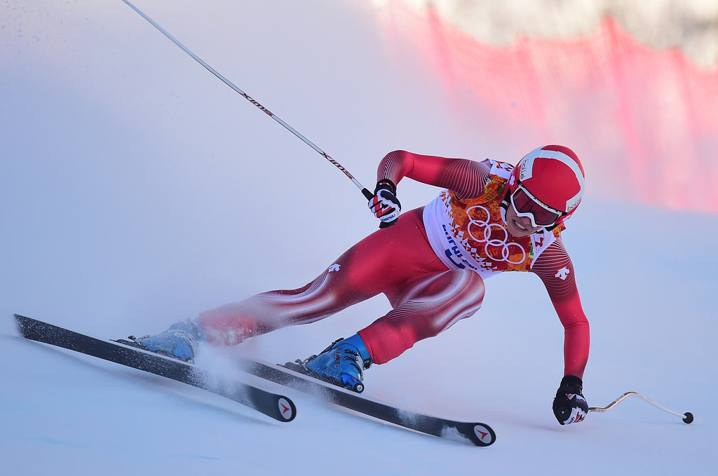 . Switzerland\'s Dominique Gisin skis during the Women\'s Alpine Skiing Downhill at the Rosa Khutor Alpine Center during the Sochi Winter Olympics on February 12, 2014.   AFP PHOTO / FABRICE COFFRINI/AFP/Getty Images