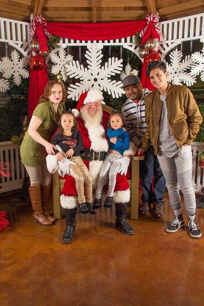 Santa 12-16-17-198.jpg