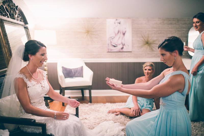 Philadelphia Wedding Photographer - Bernreuther-305.jpg