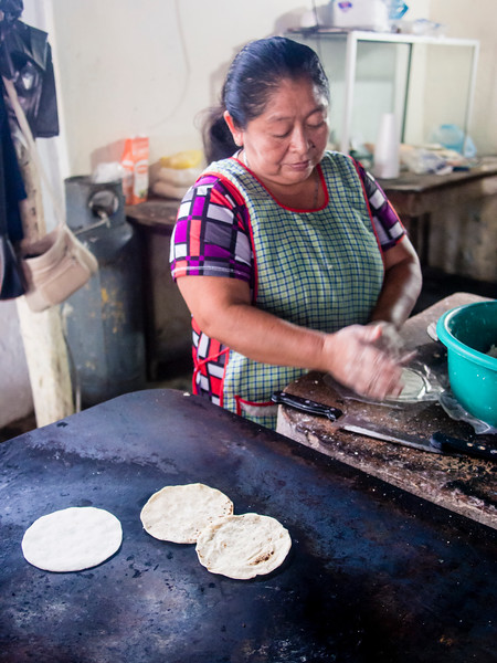making tortillas 2.jpg