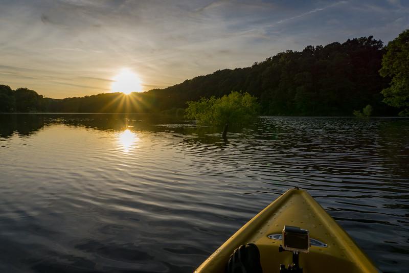speedwell forge - sunset starburst from the kayak (p).jpg
