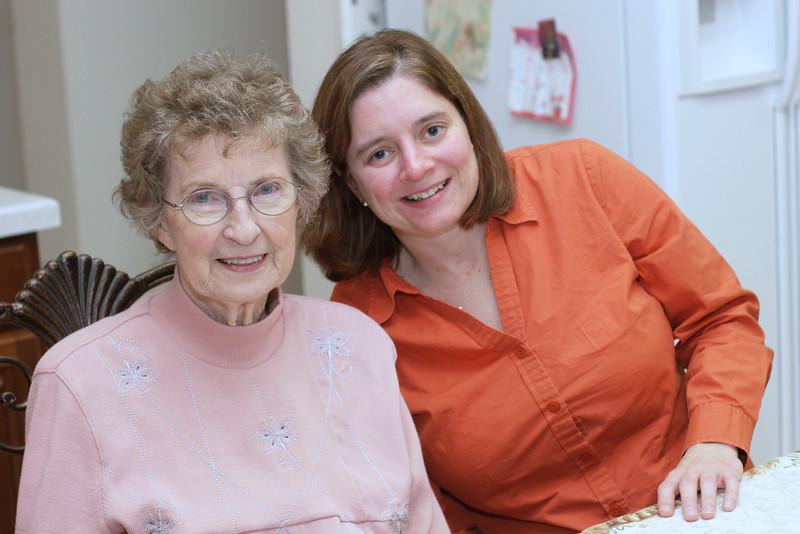 2005-11-24 Grandma and Mary.JPG