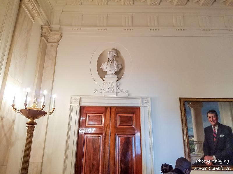 White-House-Tour-120916.jpg