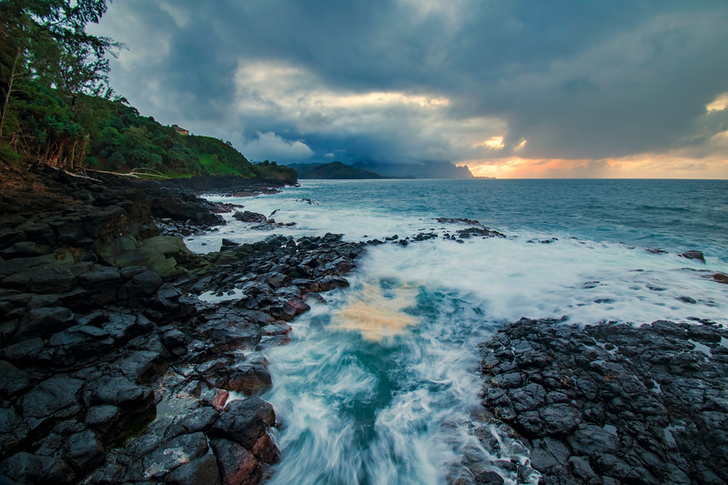 Beautiful tortoise colors of Kauai water, Hawaii