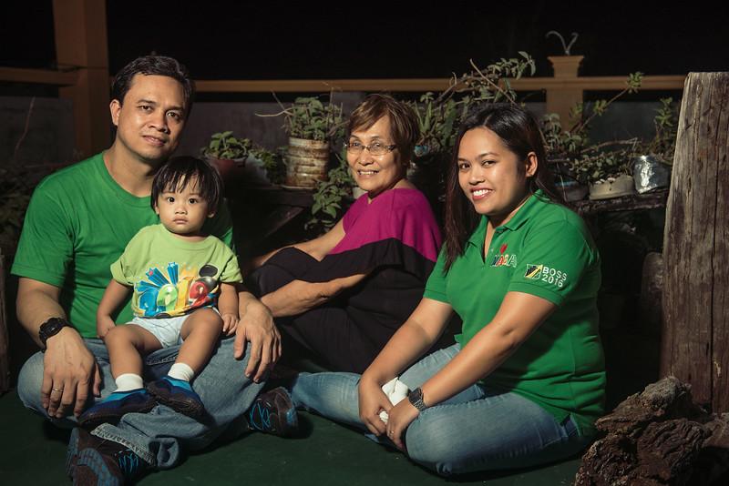 Velardes Family Portrait-10.jpg