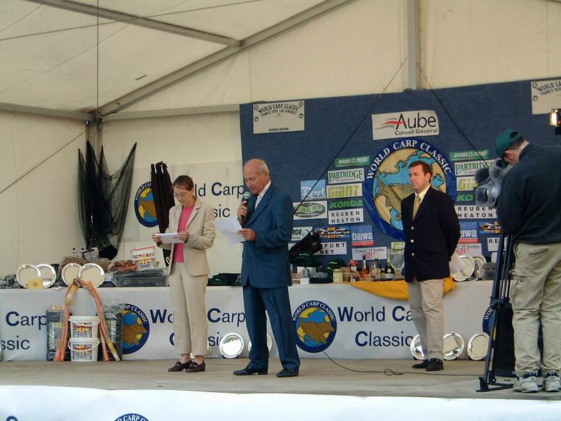 WCC01-comp-P. Giving 6 - Mr Danscoisne