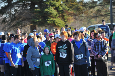 5K and 10K Start - 2014 Clarkston April Fools Run