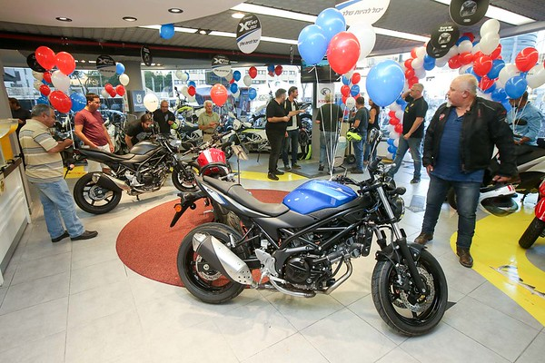 161006 | SUZUKI SV 650 / CUSTOMER'S LAUNCHING EVENT
